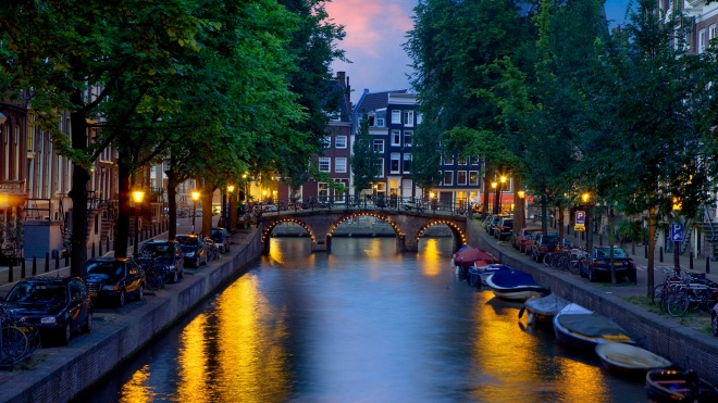 Canals of Amsterdam --- Image by © Jean-Pierre